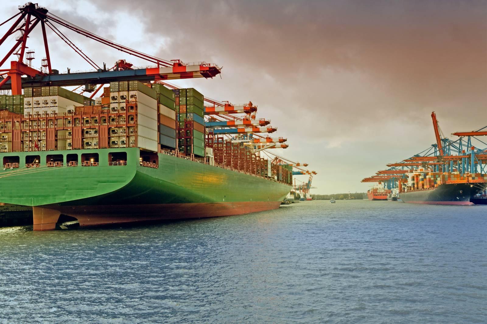 Containerschiffe Hafen Hamburg